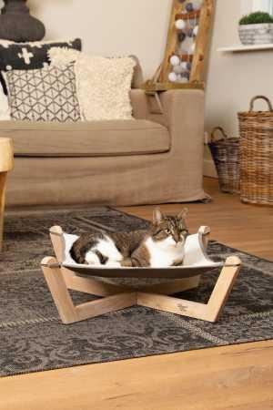 Designed by Lotte Hängematte Gaia Echtholz - Liegemulde für Katzen und kleine Hunde, waschbar